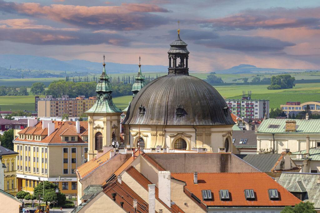 Střecha a věže kostela svatého Jana Křtitele