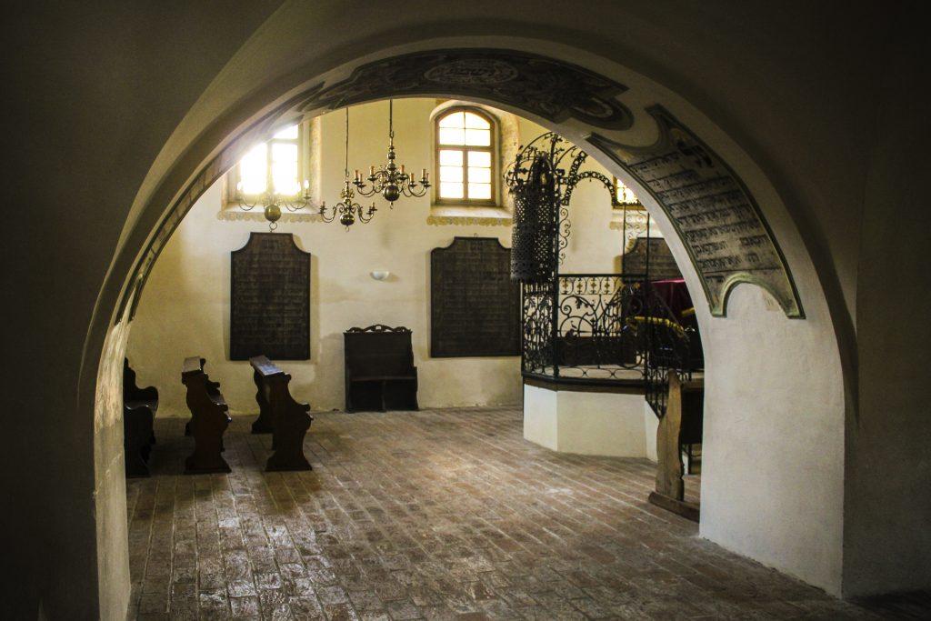 Interiér Šachovy synagogy