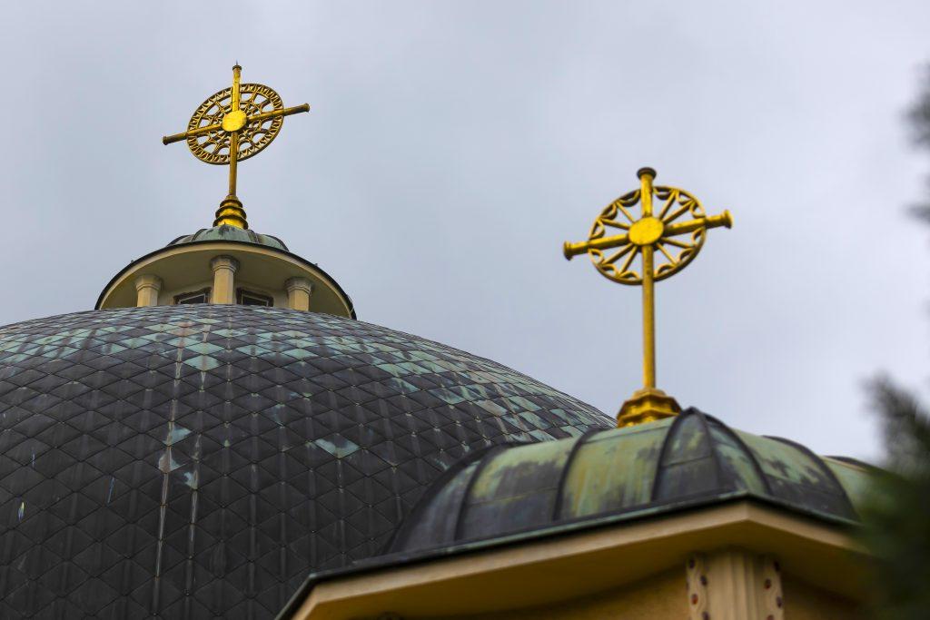 Detail střechy Kostela svatých Cyrila a Metoděje